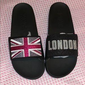 🏴 VS PINK LONDON Slides🏴